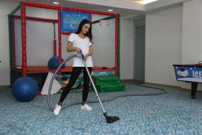Fixvac süpürge ile kreş ve zemin temizliği